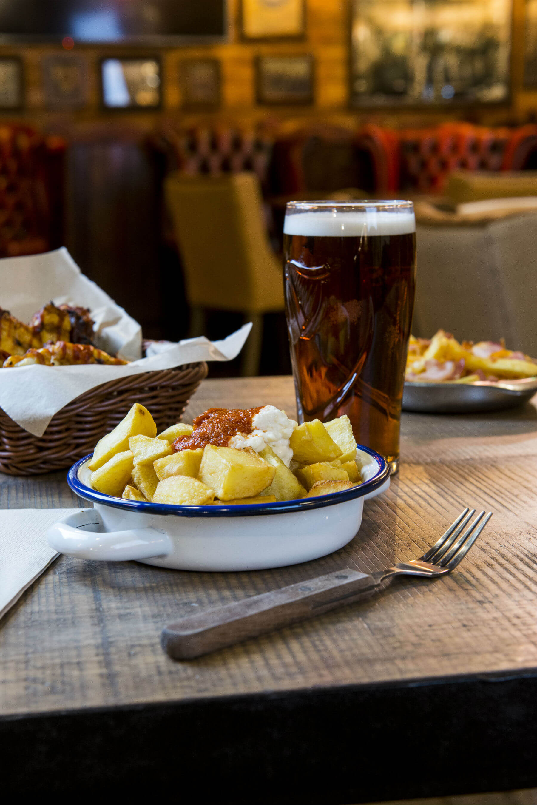 chips with beer at obama barcelona